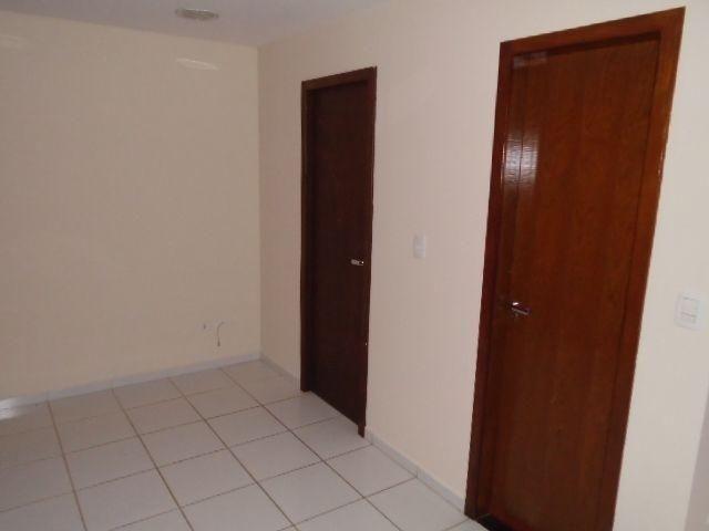 8003 | Apartamento para alugar com 1 quartos em ZONA 07, MARINGA - Foto 9