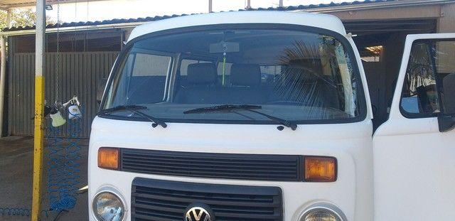 Aluga-se combi com motorista para fazer entrega ou carrega funcionário   - Foto 3