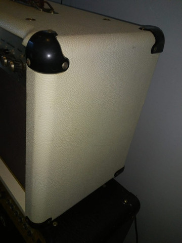 troco em pedaleira boss  cubo  de violão - Foto 6