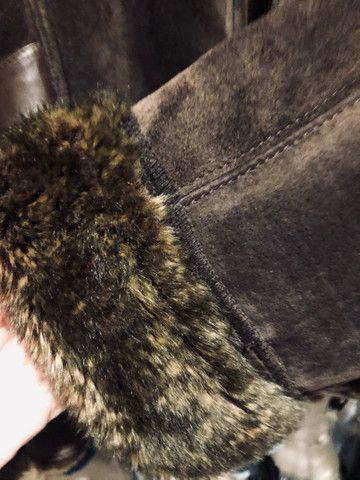 Casaco camurça marrom TAM M - Foto 6