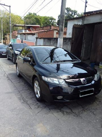 Honda Civic Lxs 1.8 Automático   Muito Novo   Com GNV 5ª Geração   Financio