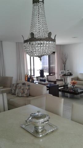 Apartamento 3 suítes Horto Florestal - 164 m2