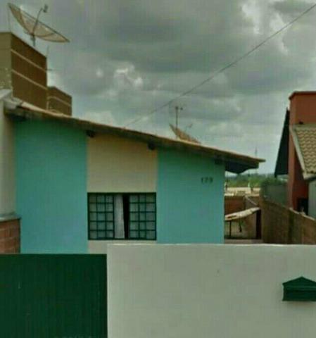 Vende-se casa em Caarapó-MS