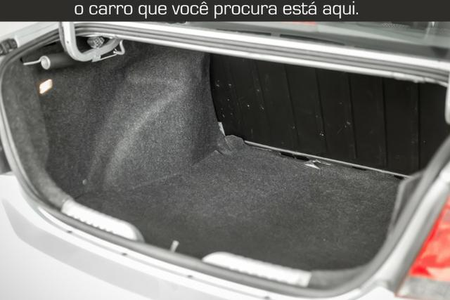 VW Voyage 1.0 Trend Muito Novo - Foto 11