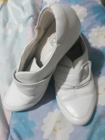 Sapato branco neftali clinic confort - Foto 2