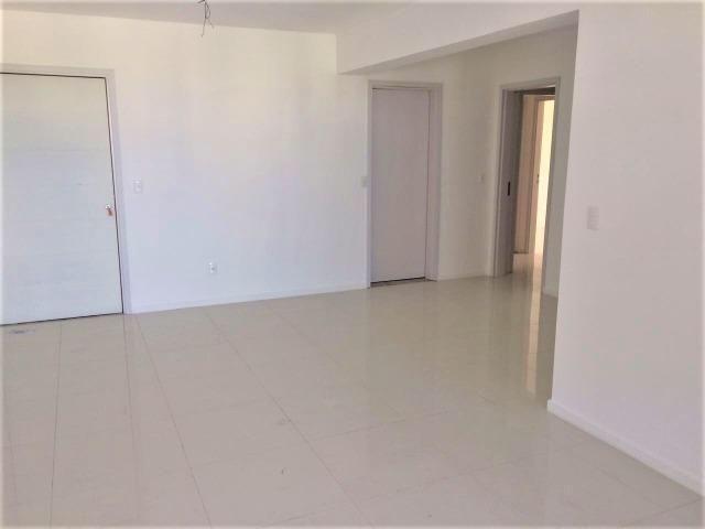 Excelente apartamento com 3 suítes em lagoa nova - Foto 2