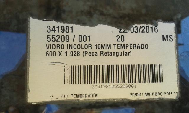 Vidro blindex pra tampo de mesa medida 1,90 x 0,60 - Dourados MS - Foto 3