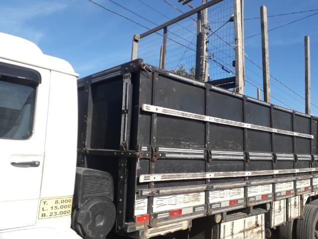 Carroceria truck graneleiro - Foto 12