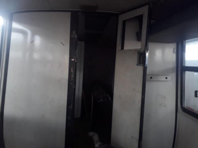 Vendo ou troco micro onibus - Foto 2