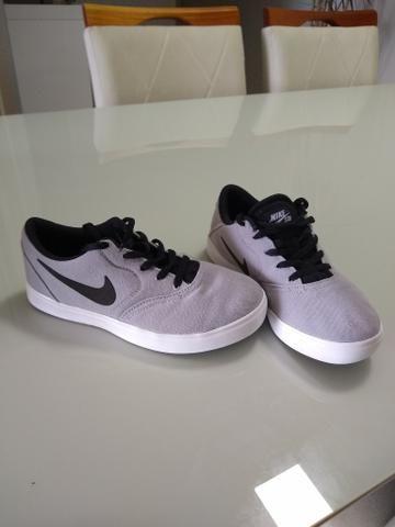 Sapatênis infantil Nike tamanho 30 - Foto 2