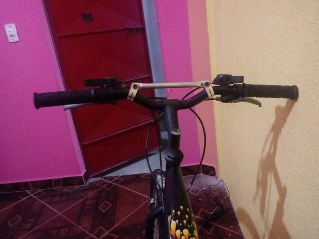 Vendo uma bicicleta semi-nova da Caloi 200 - Foto 4