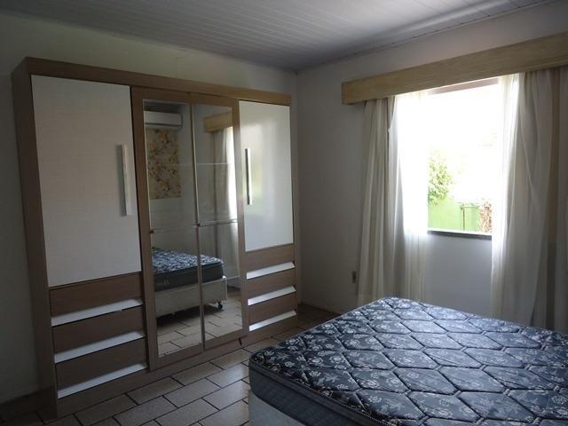 Casa econômico com 03 dormitórios, á 900m da Praia de Bombas. Cód.025 - Foto 9