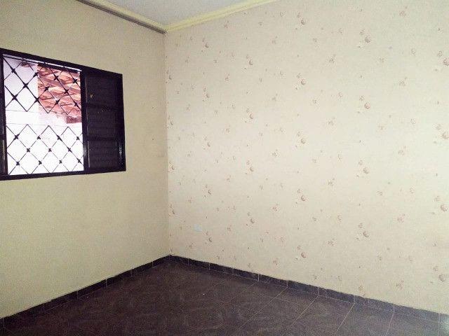 Excelente Casa Com 2 Quartos + Salão a Venda no Bairro Monte Castelo - R$ 315mil - Foto 9