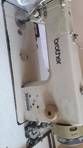 Máquina de costura reta industrial marca brother - Foto 3