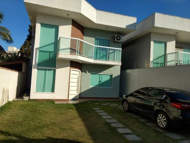Linda casa em Itaipu com três suítes ampla sala, piscina, churrasqueira - Foto 2