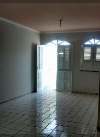 Aluga-se casa Residencial Pinheiro 3 quartos