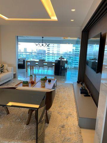 Vende-se Maravilhoso Apartamento no Ed. Mirage Bay com 4 suítes, 3 vagas - Foto 3