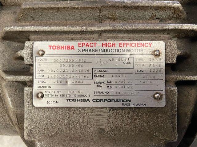 Motor trifásico Toshiba 7,5hp - Foto 4