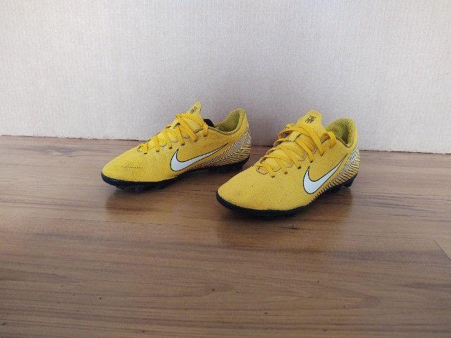 Chuteira Campo Infantil Nike Mercurial Vapor 12 Club GS Neymar FG - Foto 2