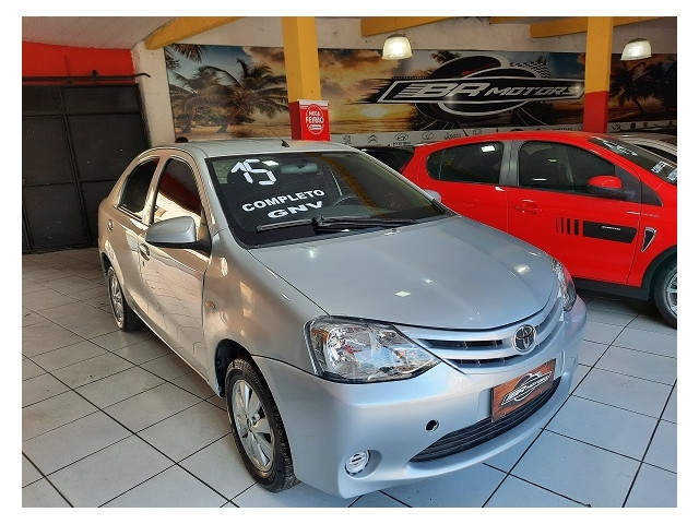 Toyota Etios 2015 1.5 x sedan 16v flex 4p manual - Foto 2
