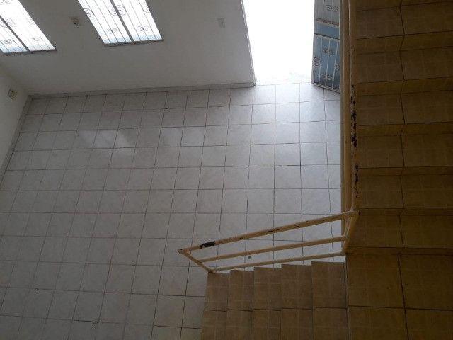 Aceita Parcelamento Direto/ Casa com 5qts no Canaranas/ Atrás da Eucatur - Foto 3