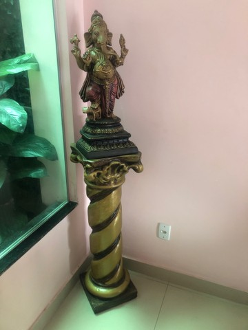 Vendo estátua