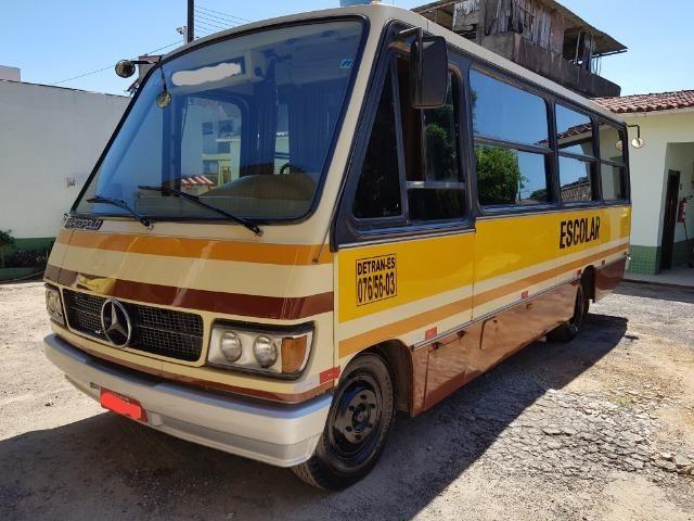 Micro-ônibus mercedez-benz modelo LO608D - Foto 2