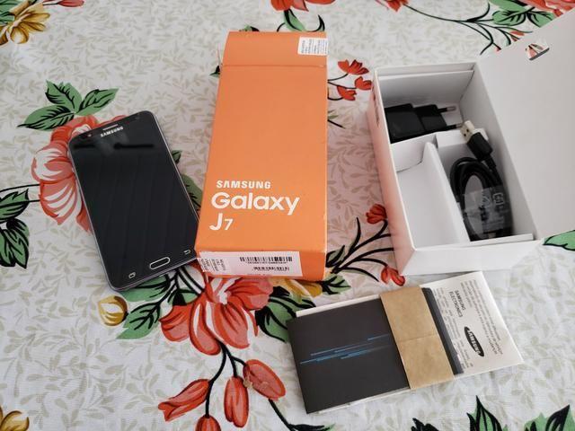 Vendo celular Sansung J7 Impecável