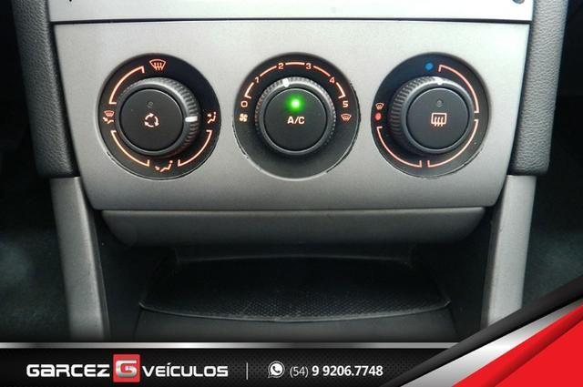 Peugeot 308 1.6 Active Flex Manual Com Teto Leds Diúrnos Couro Multimídia Top - Foto 14
