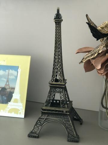 Torre Eiffel comprado em Paris
