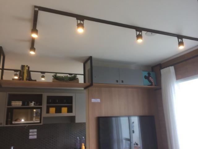 Apartamento sala e quarto varanda com infraestrutura - Foto 17