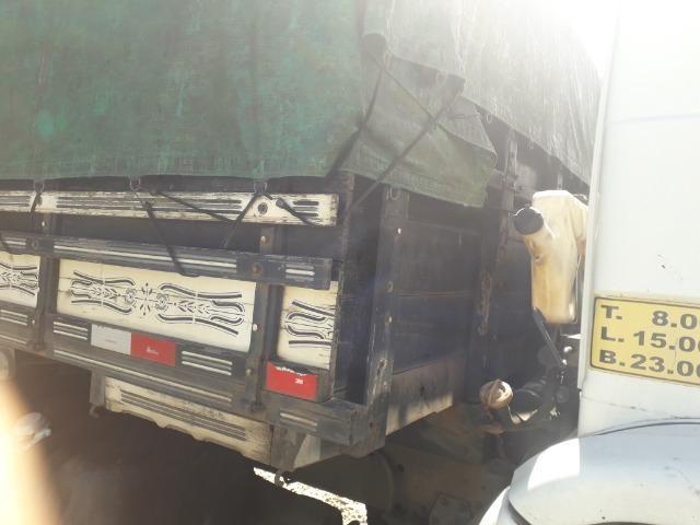 Carroceria truck graneleiro - Foto 8