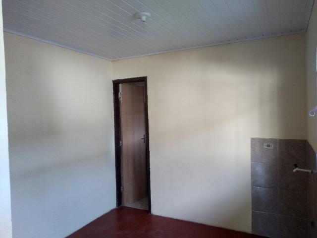 Casa 1 quarto no Sitio Cercado, em frente Escola Rio Negro - Foto 4