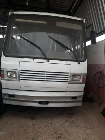 Vendo ou troco micro onibus - Foto 6