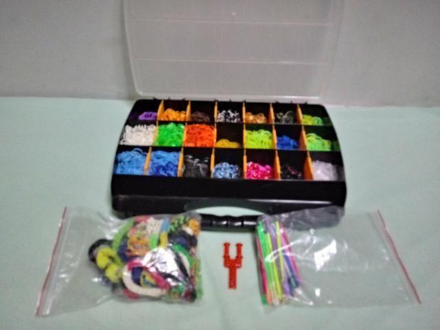 Vendo kit completo de elasticos para pulseiras