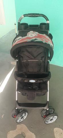 Carrinho de bebê semi novo - Foto 3