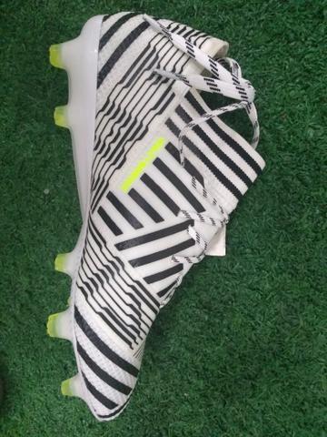 6f35ca79c7 Chuteira Adidas profissional - Roupas e calçados - Centro