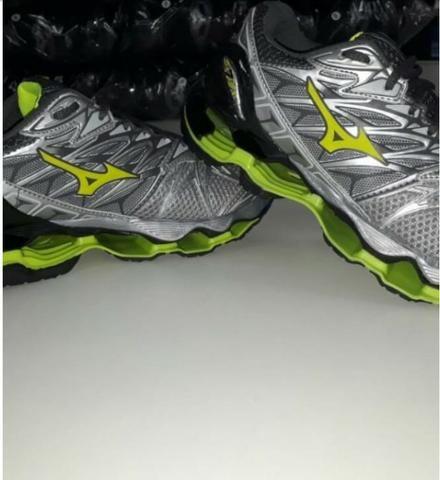 8bd101b119f Atacado de tenis Mizuno 55 - Roupas e calçados - Centro