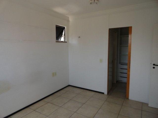 AP0151 - Apartamento com 3 dormitórios para alugar, 70 m² por R$ 1.550/mês - Meireles - Foto 12