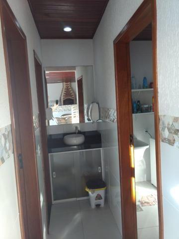 Linda casa em Itaipu com três suítes ampla sala, piscina, churrasqueira - Foto 12