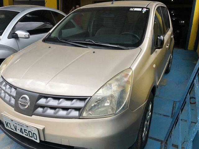 Nissan Livina 1.8  Completo 2010 - Foto 2