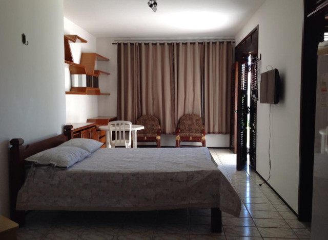 Alugo suíte mobiliada em residência familiar - Foto 15