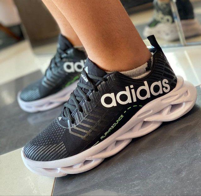 Tênis Adidas (Promoção)