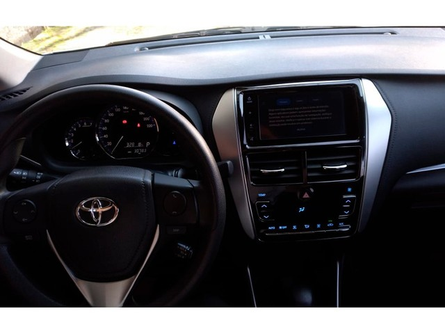 Toyota Yaris 1.5 16V FLEX SEDAN XL PLUS TECH MULTIDRIVE - Foto 6