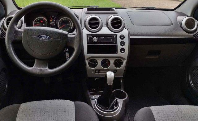 Ford Fiesta CLASS 1.6 4P - Foto 5