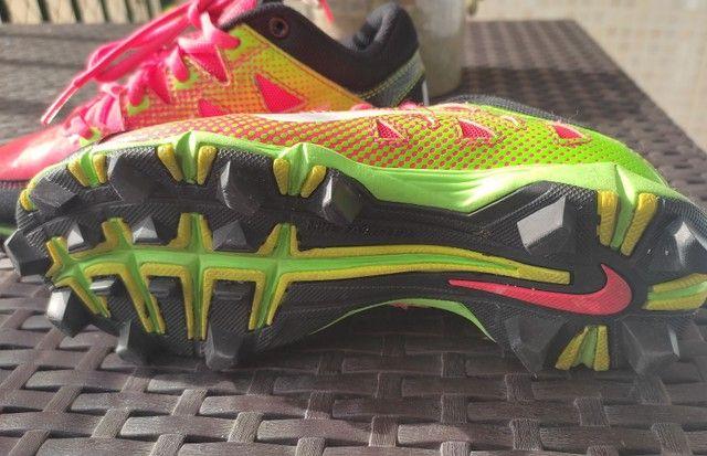 Chuteira Nike Semi Nova - Foto 3
