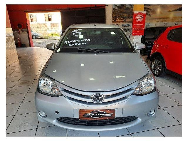 Toyota Etios 2015 1.5 x sedan 16v flex 4p manual - Foto 3