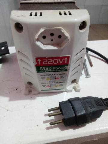 Transformador de energia Maxi Power 127v a 220v - Foto 4