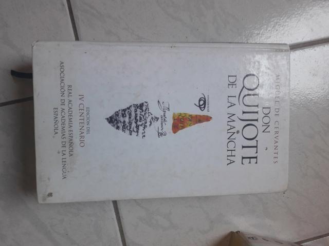 Livro em espanhol