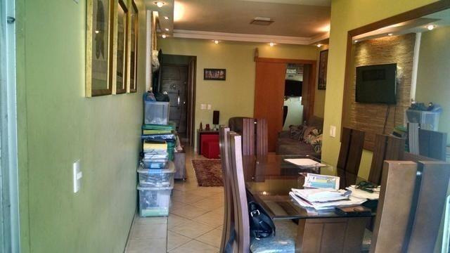 Maracana, 02 dormitórios reformadíssimo e vaga de garagem escriturada - Foto 3